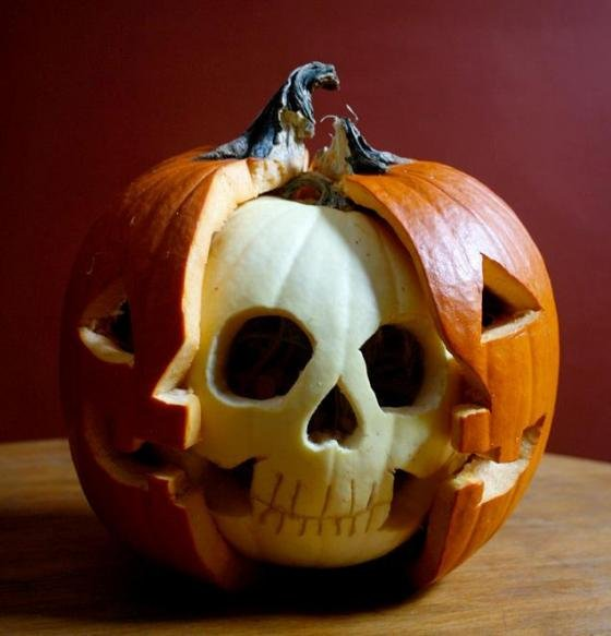 Picture borrowed from: http://www.maniacworld.com/double-face-jack-o-lantern.jpg Copyright remains that of the original owner.