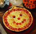 http://buffalocomedy.com/wp-content/uploads/2013/06/papa_murphys_jack-o-lantern_pizza.jpg